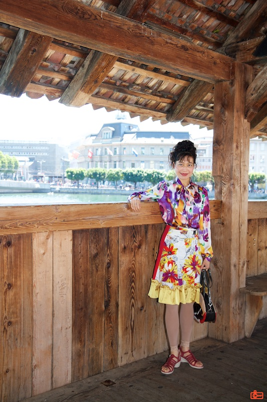 Rosa on the Kapellbrücke (Chapel Bridge) in Lucerne.